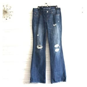 NEW AEO Favorite Boyfriend Jeans Distressed Flare